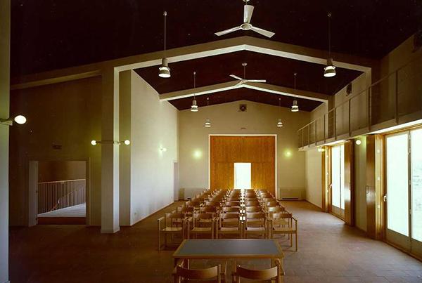 Casa de la Cultura en Belmonte de Tajo</br>Madrid</br>2000