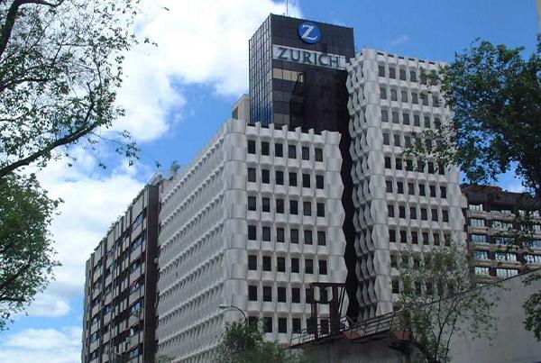 """Acondicionamiento integral del edificio """"Zurich"""" para sede de juzgados </br>Madrid</br>2004"""